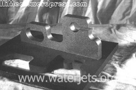 [تصویر:  waterjet_part_made_from_hastalloy_small.jpg]
